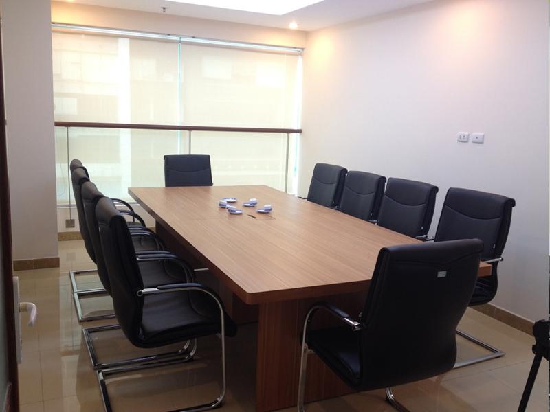 Tuyệt kĩ chọn ghế phòng họp chân quỳ Hòa Phát