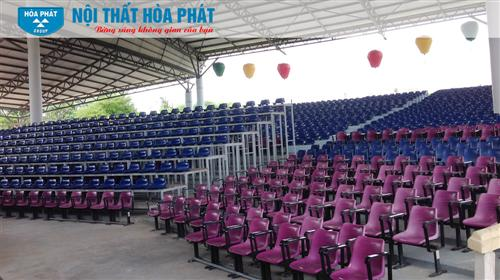 Thi công bàn ghế nhà hát Hội An
